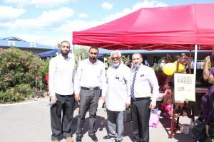 Abdul Rahman Yahya, Dr Rateb Jneid, Sheikh Yahaya Ibrahim  and Langford Islamic college staff.